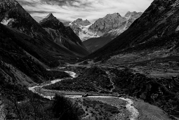 The trail crosses the headwaters of the Budhi Gandaki River